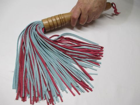 Light English Oak Wood Handled, 3mm wide Falls Pink/Blue Leather Flogger (Flog12)
